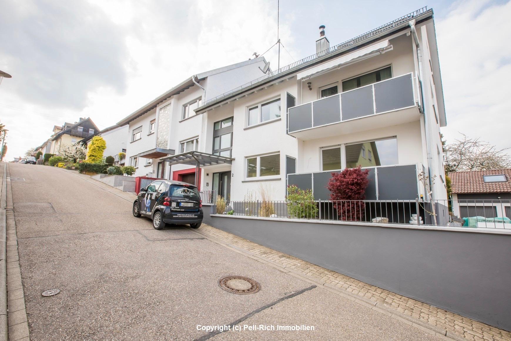 Neu sanierte 3-Zimmer EG Mietwohnung mit Terrasse und Balkon in Hohenwettersbach