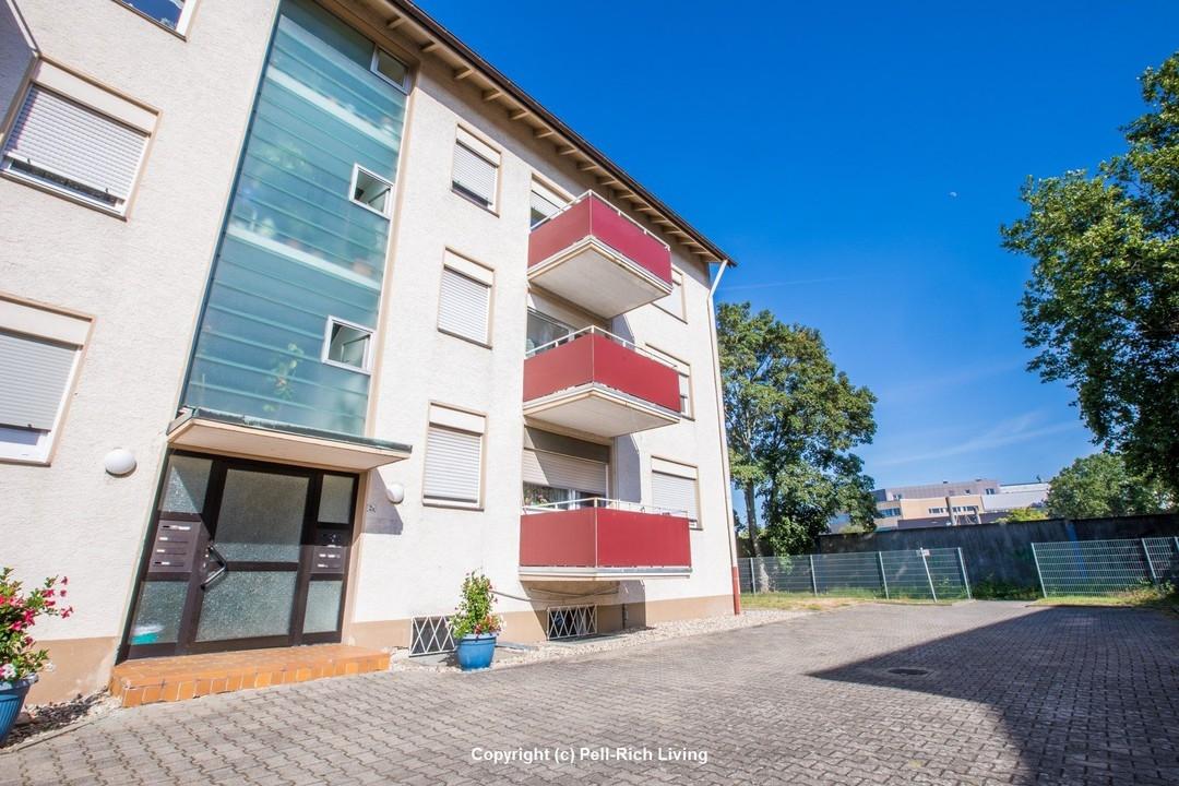 IN GLÜCKLICHER LAGE: Vermietete & gepflegte 4-Zimmer Wohnung in Durlach-Untermühlsiedlung am Bahnhof