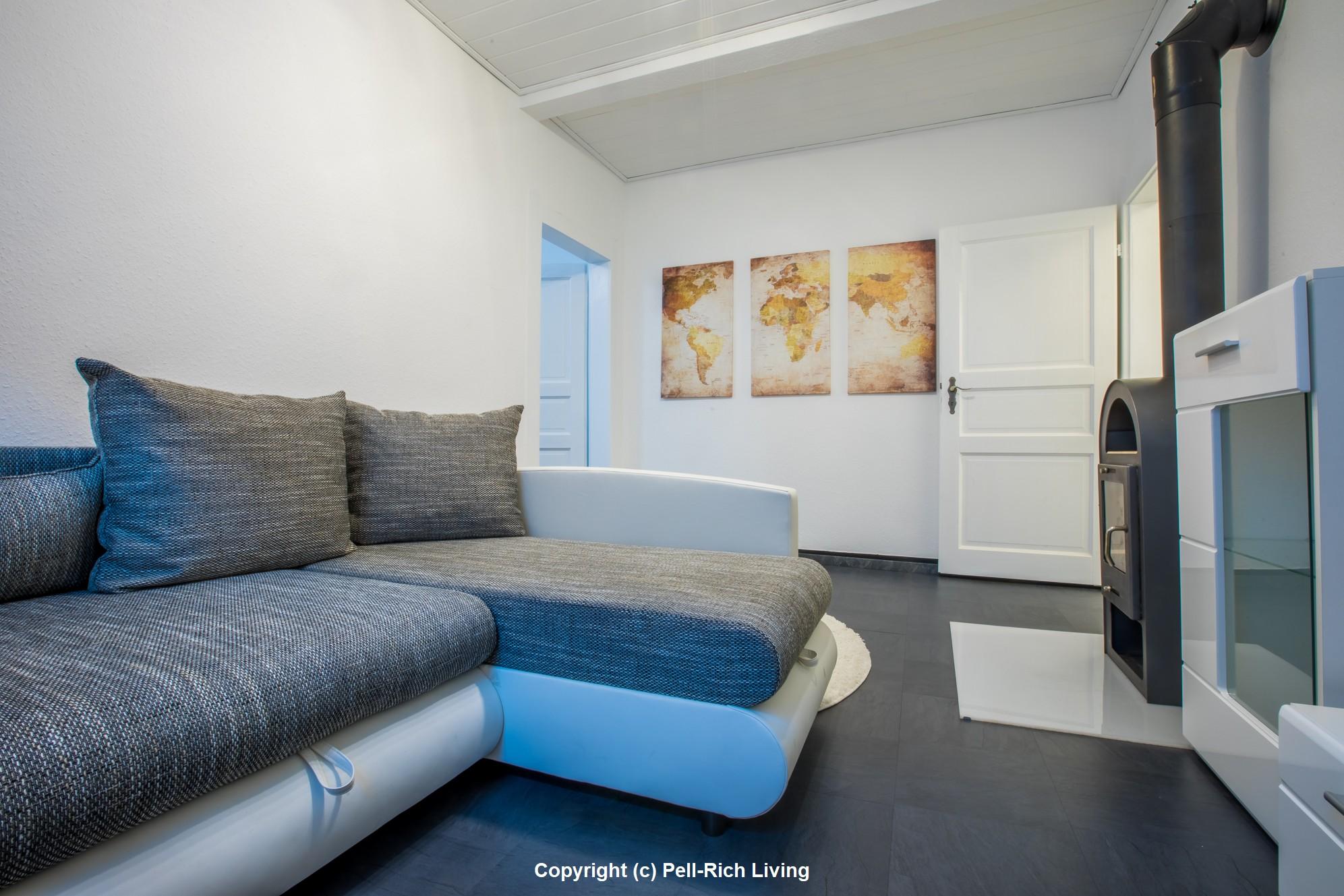 2-Zimmer Wohnung mit S-Bahn Anschluss, Keller, vollmöbliert inkl. aller Nebenkosten in Durlach-Aue!