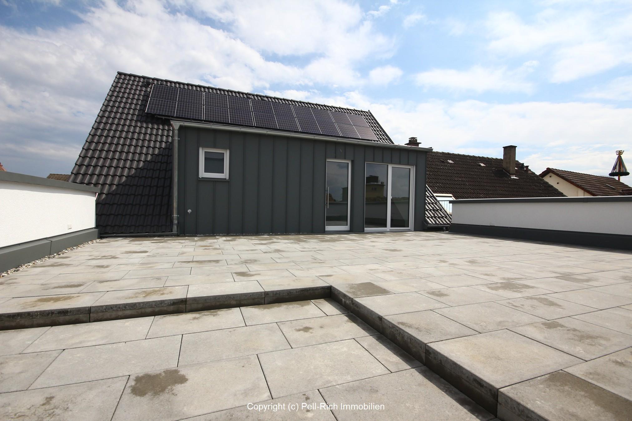 SONNENKUSS: Barrierefreie Neubauwohnung mit einzigartiger Dachterrasse sucht Mieter